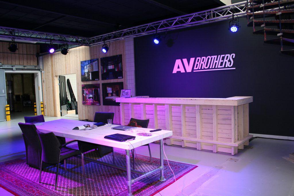 AV Brothers